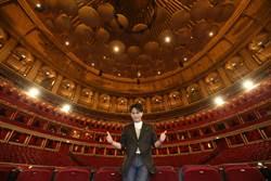 張信哲明年英國皇家音樂廳開唱 上猛男節目怕「被操死」