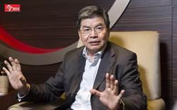國泰金控連續5年評比奪冠 董座李長庚霸氣回一句