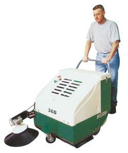 裕菖攜飛樂牌清潔機械參展