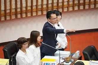 林智鴻copy藍議員質詢 酸韓「他奶奶的」成口頭禪