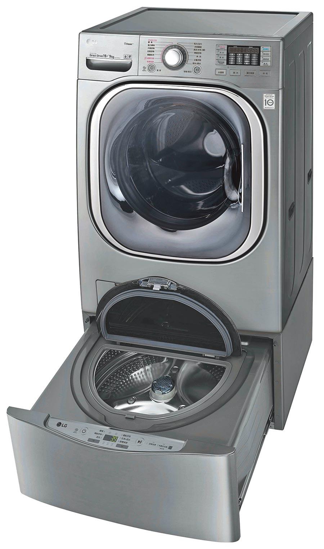 LG即日起至11月30日期間,推出凡購買LG TWINWash雙能洗洗衣機組合送,及免曬衣乾衣機搭配迷你洗衣機組合送,即可換LG PuriCare超淨化大白空氣清淨機或價值最高達4000元的全家禮物卡等禮物。(LG提供)