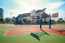 環保節能通風 千萬球場啟用