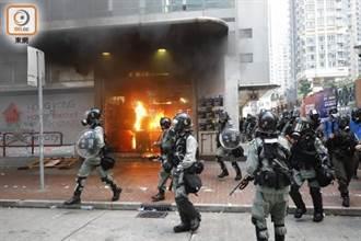 香港遊行爆發多起衝突 傳外籍記者右眼中彈