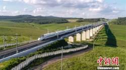 陸高寒地區最長快速鐵路 哈佳鐵路開通周年