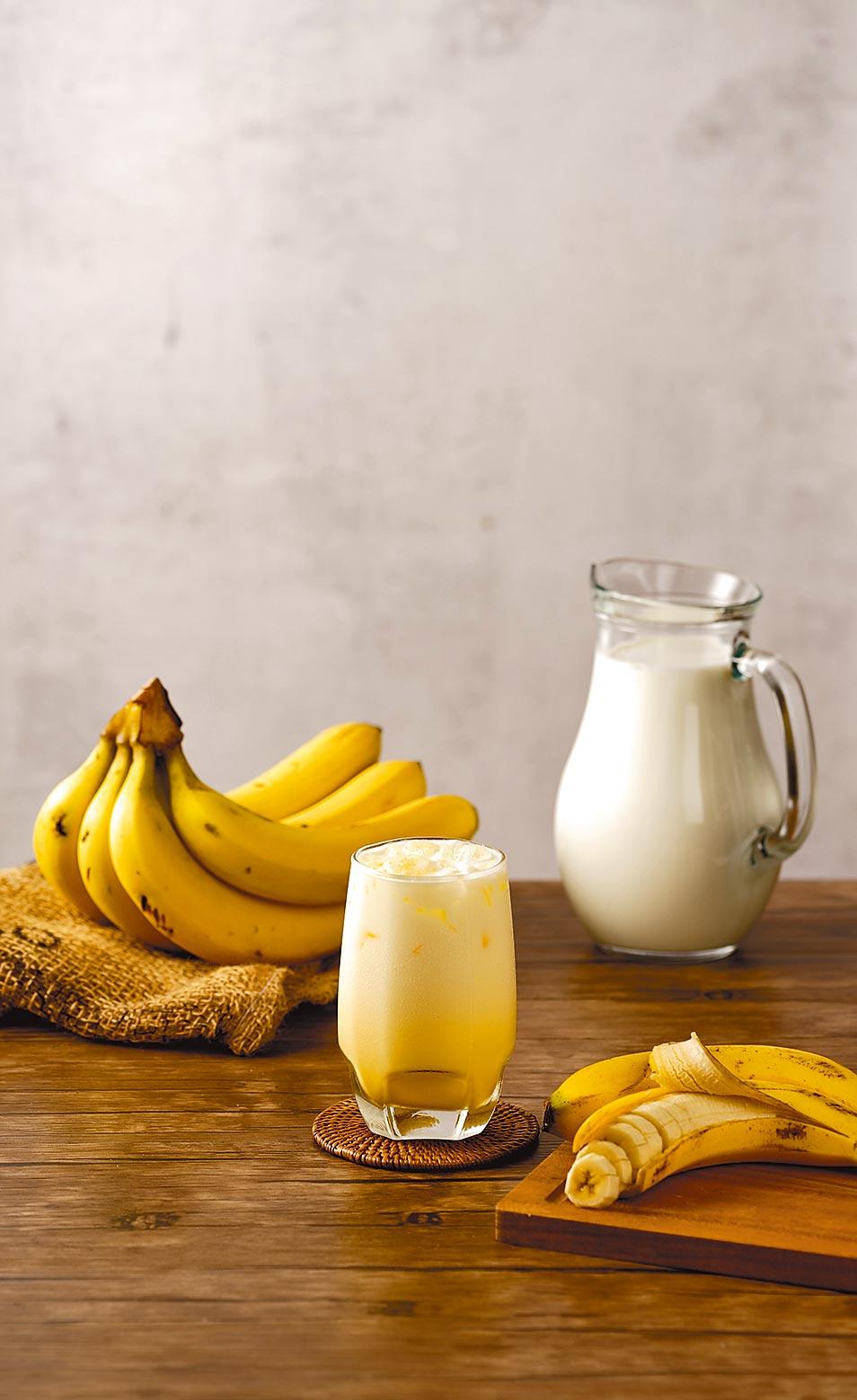OK超商今天起新品香蕉歐蕾上市,55元。(OK提供)