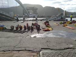 南方澳漁船受困7小時拖出 漁工友人盼奇跡