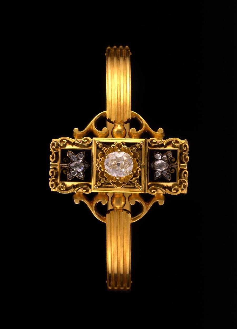 百達翡麗在1868年生產的第一只手鐲型腕表。(Patek Philippe提供)