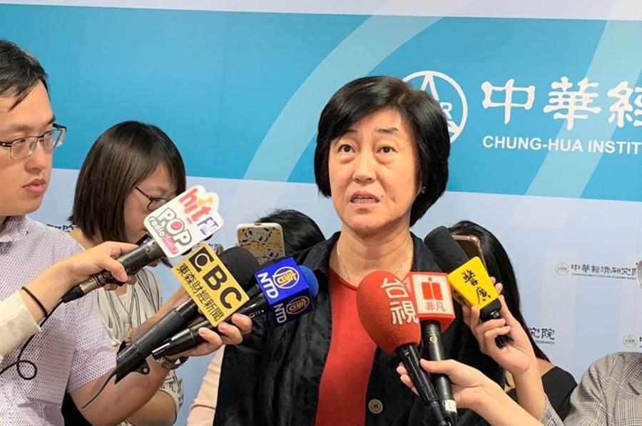 中華經濟研究院長陳思寬帶來台灣PMI好消息。(圖/陳碧芬)
