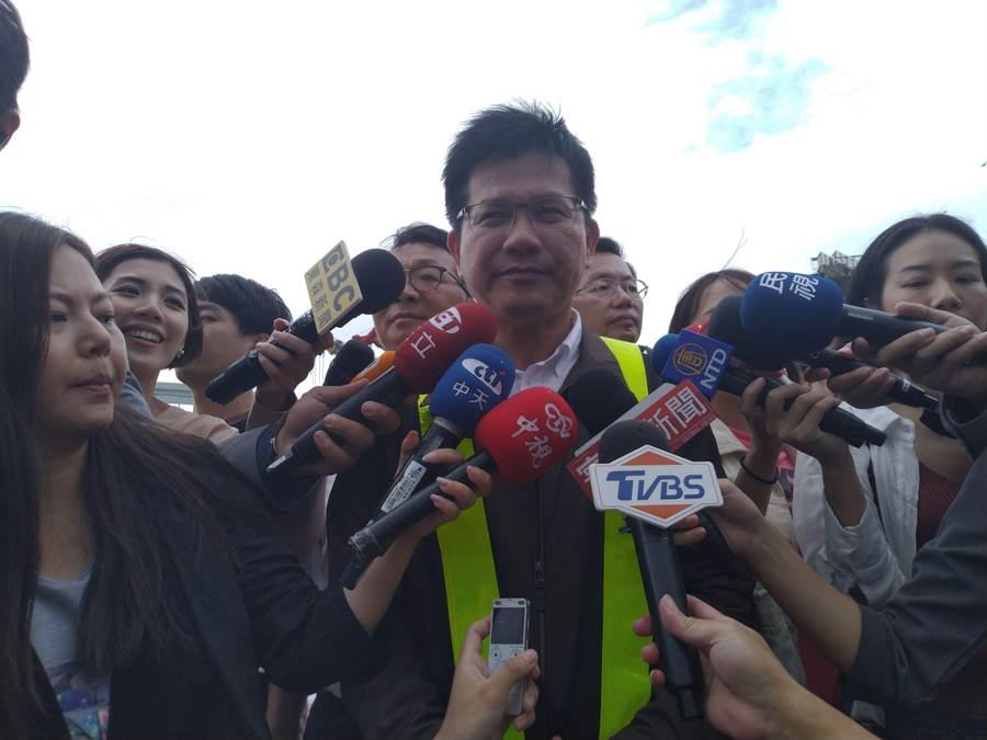 交通部長林佳龍要求全力調查,若有相關責任也會追究。(許家寧攝)