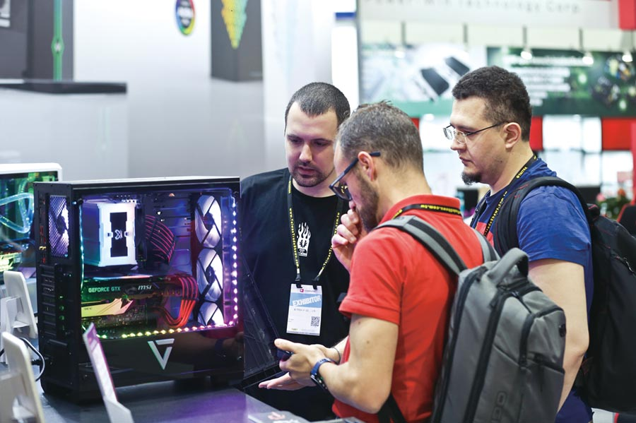 COMPUTEX展示多樣化電競設備產品,涵蓋筆電、主機、機殼、記憶體、SSD與周邊等電競產品。圖/TCA提供