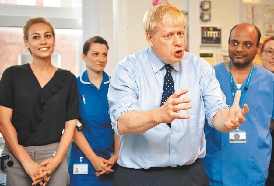 英國國會在野黨派9月30日集會,極可能聯手提出不信任動議,最快本周就要把首相強森趕下台。(法新社)