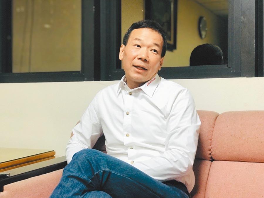 無黨籍北市議員鍾小平。(張穎齊攝)