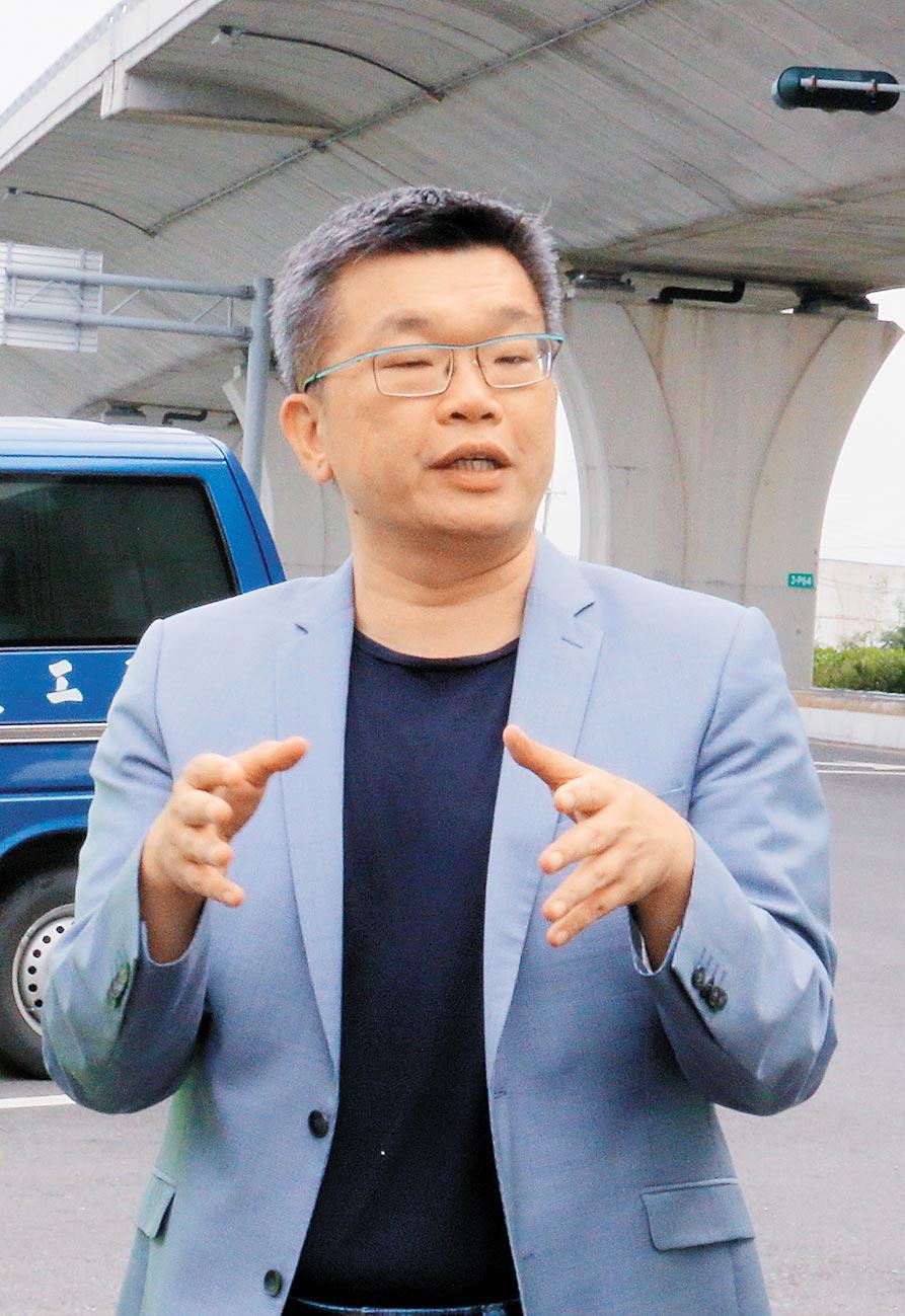 民進黨由現任立委蔡其昌爭取連任。(陳淑娥攝)