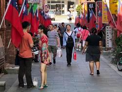 陸「十一」長假火紅 金門街頭湧現人潮