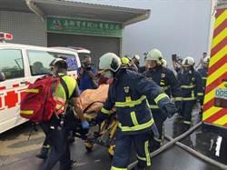 坍塌鐵皮屋頂壓住 2失聯消防員殉職