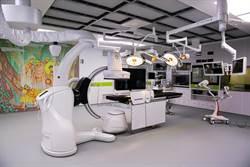 內外科攜手開心 東部首間高階整合型手術室啟用