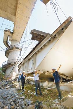 南方澳跨港大橋 21年從未檢測 港務機關疏失 官僚殺人