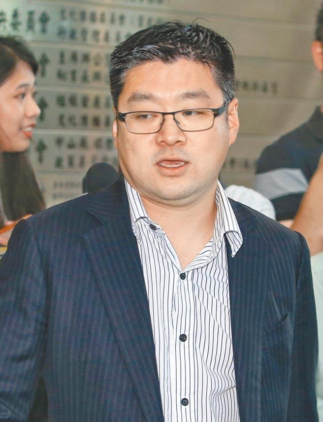 國民黨2日召開中常會,中常委徐弘庭出席。(王英豪攝)