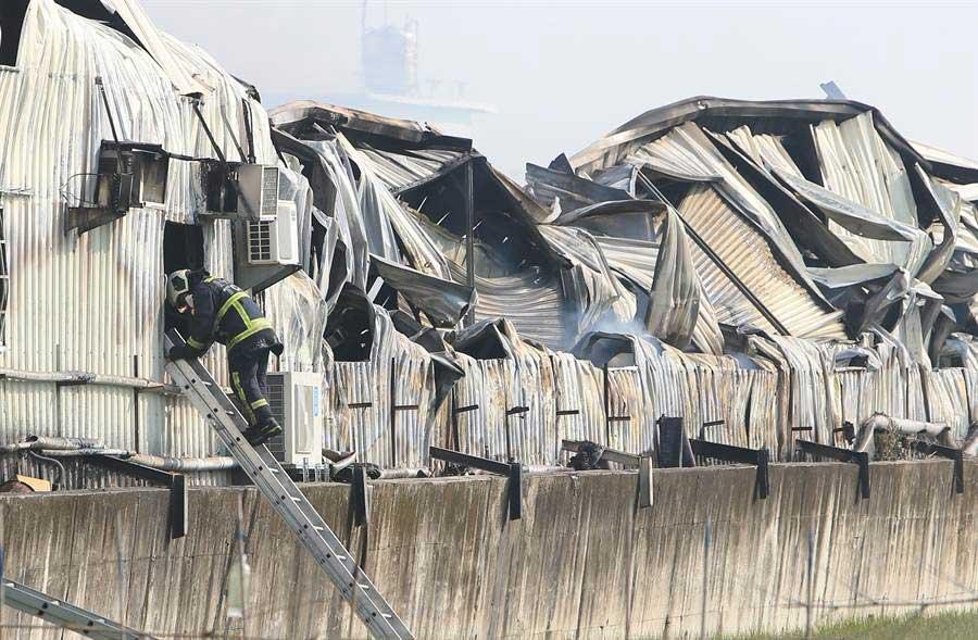 5年奪14消防命 鐵皮工廠成消防員殺手