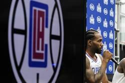NBA》里歐納德看球被噓 快艇老闆震怒