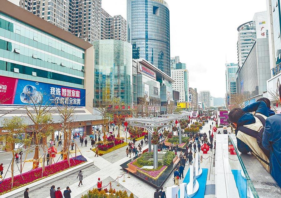 深圳華強北有完備的電子資訊產業鏈。(新華社資料照片)