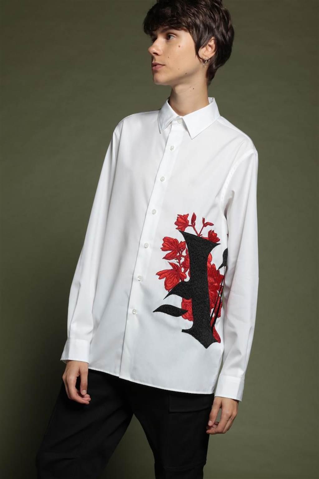 PORTS V 哥德式刺繡V長袖襯衫,1萬800元。(微風精品提供)