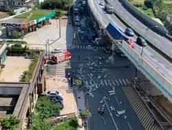 台64線貨櫃車自撞隔音牆險墜橋 駕駛死亡