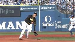 日職》阪神先發12球就傷退 狂追7分逆轉勝
