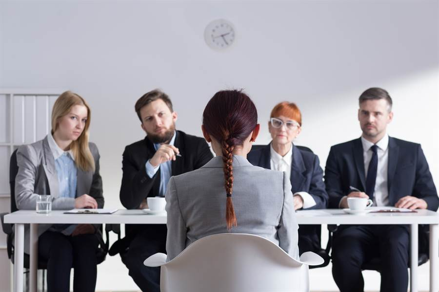 求職信秒被拒 面試官曝照:不專業(示意圖/達志影像)