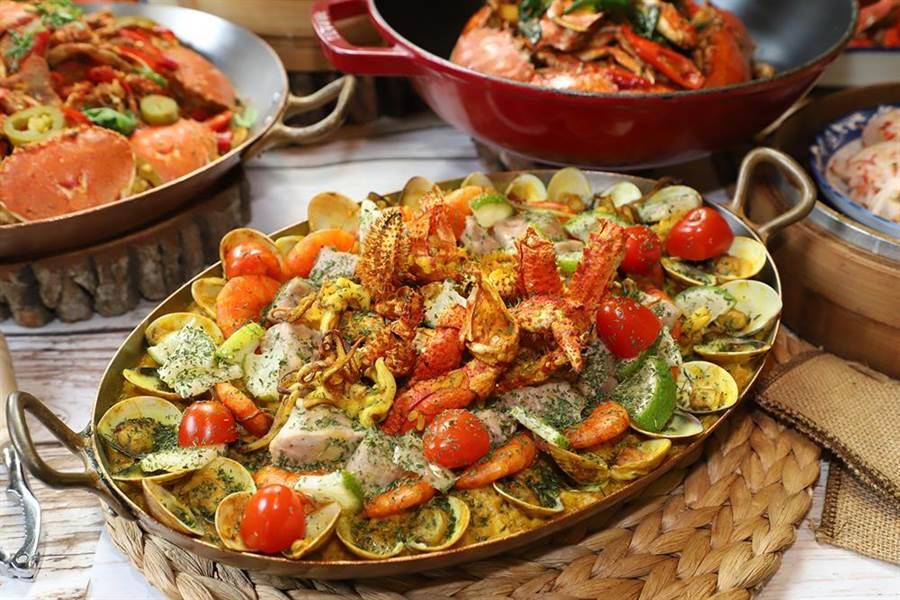集合眾多海鮮而成的「鱈場蟹烤飯」。(圖/台中林酒店提供)