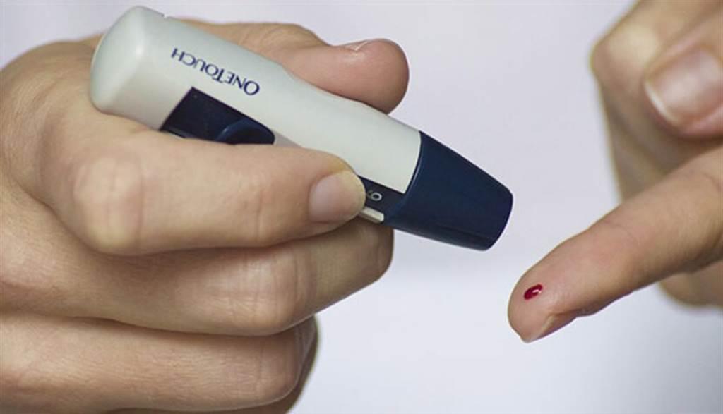 第2型糖尿病患除了配合藥物治療,飲食管理和規律運動,有助減緩病情。(圖片來源:pixabay)