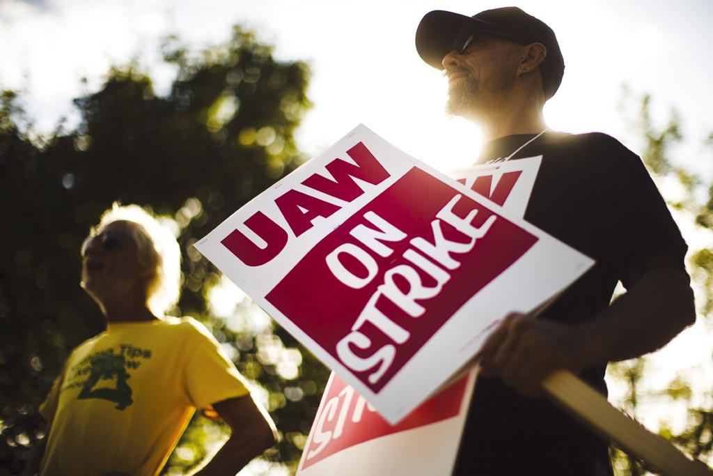 通用大罷工衝擊經濟圖╱美聯社