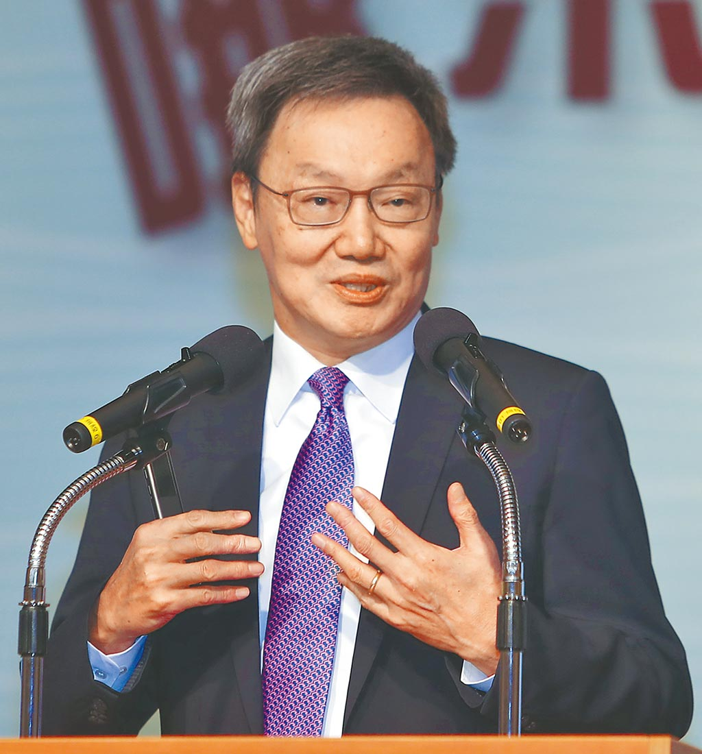 台北論壇基金會董事長蘇起表示香港發生反送中抗爭,顯示一國兩制受挫,習近平面對強大內部壓力,可能會加大對台施加壓力。(季志翔攝)