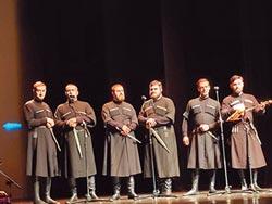 來自喬治亞的歌聲 感動觀眾心