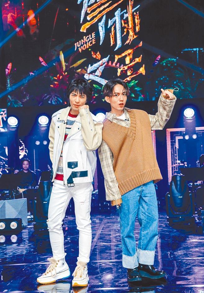 蕭敬騰(左)、林宥嘉所主持《聲林之王》昨奪下金鐘獎最佳綜藝節目獎。(資料照片)