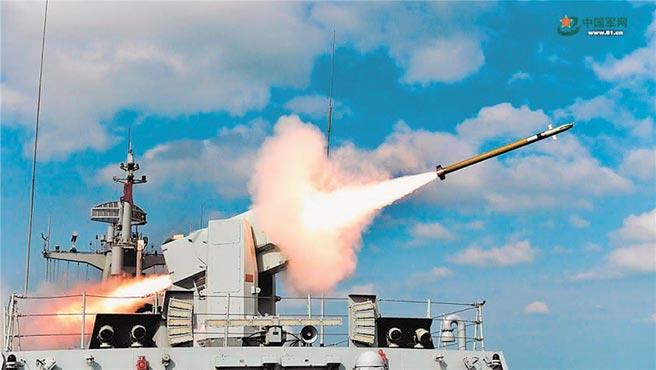 紅旗-10防空飛彈利劍出鞘。(取自中國軍網)
