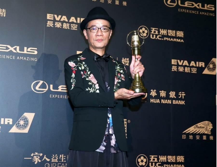 第54屆電視金鐘獎迷你劇集電視電影男角獎得主吳朋奉。(中時影視攝影組攝)
