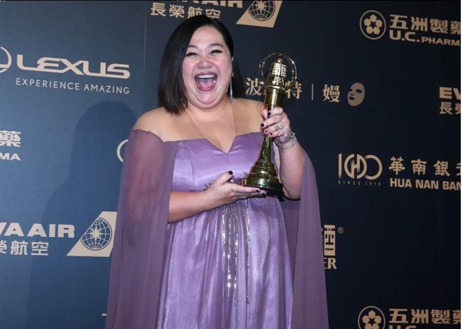 第54屆電視金鐘獎迷你劇集電視電影女角獎得主鍾欣凌。(中時影視攝影組攝)