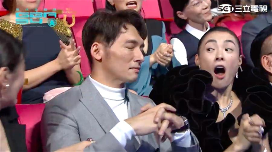 溫昇豪獲獎,自己大感意外。(截自三立網路直播畫面)