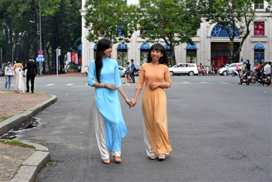 越南新娘是近年來熱門話題,但卻有台男控訴,遭到「婚仲直銷業」詐騙。(示意圖/達志影像)