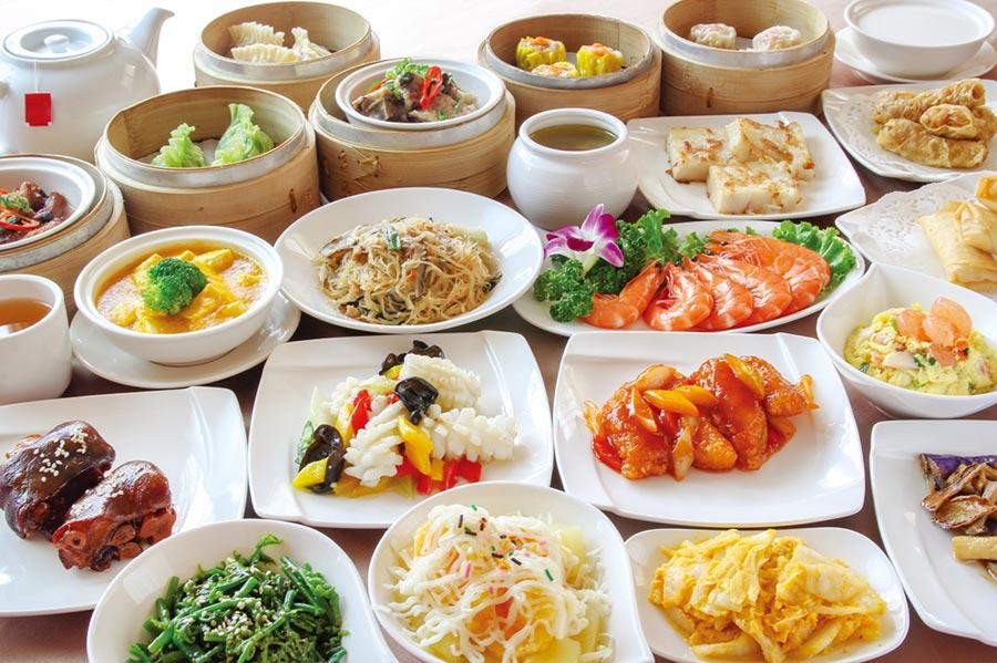 「豫園吃到飽」提供多道中式佳餚無限供應,且以單點位上的方式服務。圖/首都飯店提供