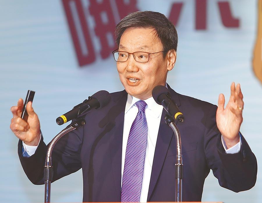 台灣的國安問題研討會5日舉行,台北論壇基金會董事長蘇起在致詞時表示香港發生反送中抗爭,顯示一國兩制受挫,習近平面對強大內部壓力,可能會加大對台施加壓力。(季志翔攝)