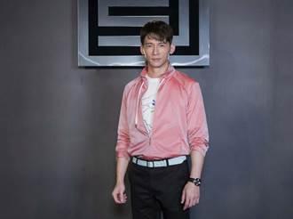 溫昇豪敲鐘喜氣旺選穿粉紅外套 王麗雅、曾之喬美腿超修長