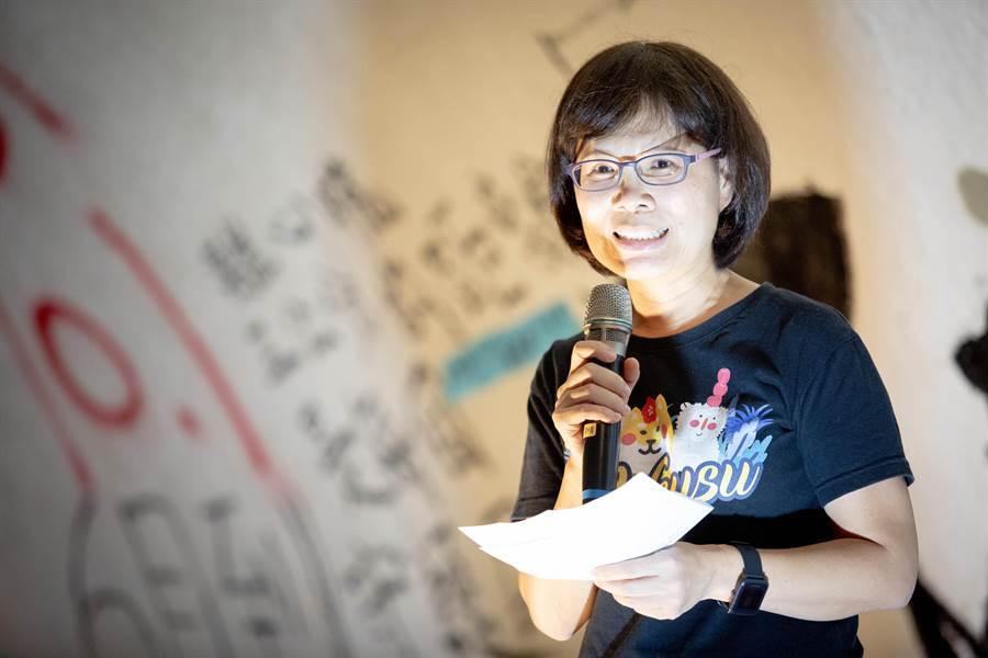中山大學學務長楊靜利認為中山大學的學生具體展現社會份子的社會責任。(袁庭堯攝)