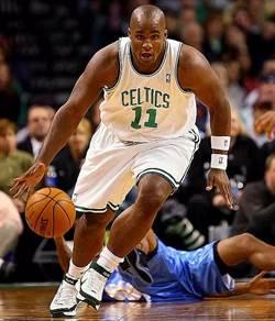 NBA》前綠衫軍球員怒罵莫瑞是蠢貨
