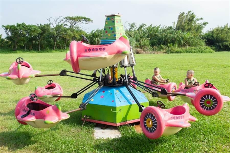 小朋友最熱愛的創藝青村小飛機。(圖/中時電子報攝)
