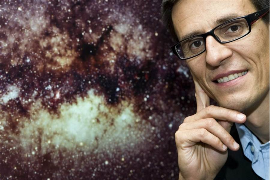 53歲的瑞士天文學家奎洛茲。(美聯社)