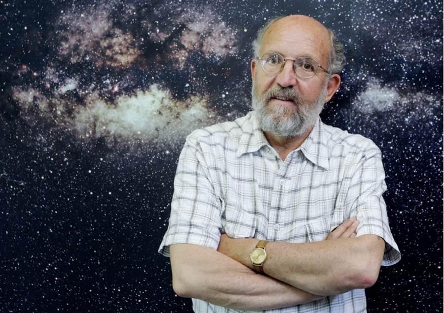77歲的瑞士日內瓦大學天體物理學家梅耶。(美聯社)