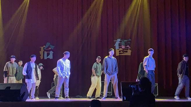 國立臺北科技大學熱舞社第19屆期初舞展-popping。(林品君攝)