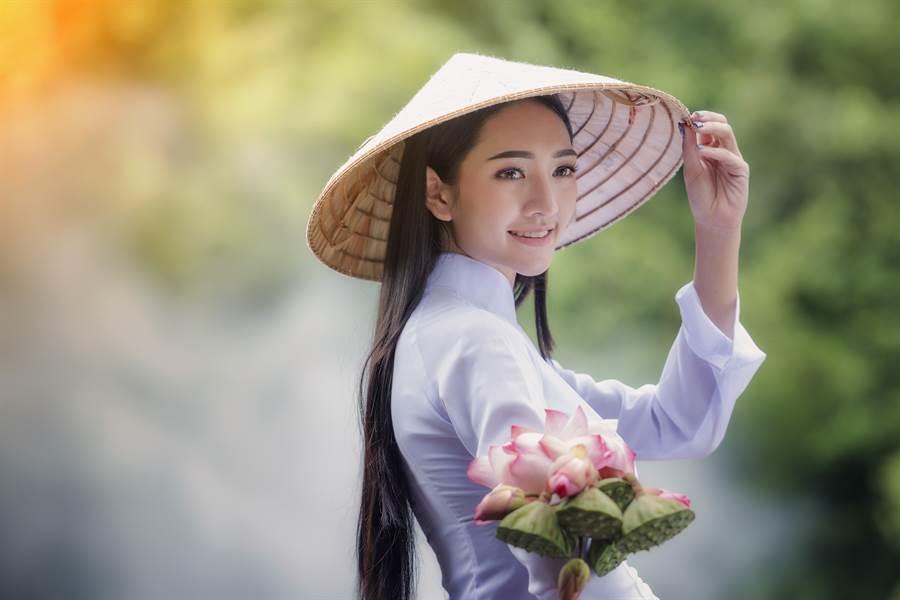 分手3個月後娶回越南妻 曝逆天美照(示意圖/非當事人/達志影像)